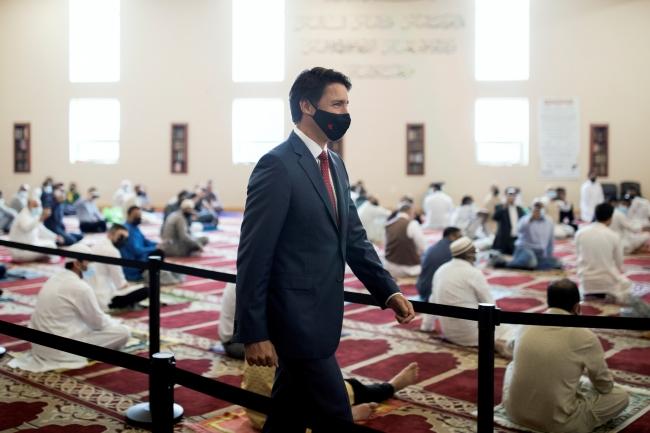 Kanada Başbakanı Trudeau Müslümanlarla bayramlaştı