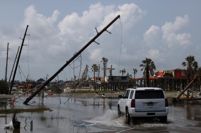 Ida Kasırgası'nın vurduğu ABD'de kuyruklar uzadı