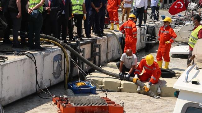 Çanakkale'de 20 ton müsilaj toplandı