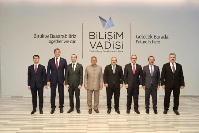 Bakan Varank, Tataristan Cumhurbaşkanı ile Bilişim Vadisi'ni ziyaret etti
