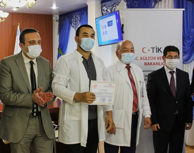 TİKA'dan Kazakistan'a tıbbi cihaz desteği