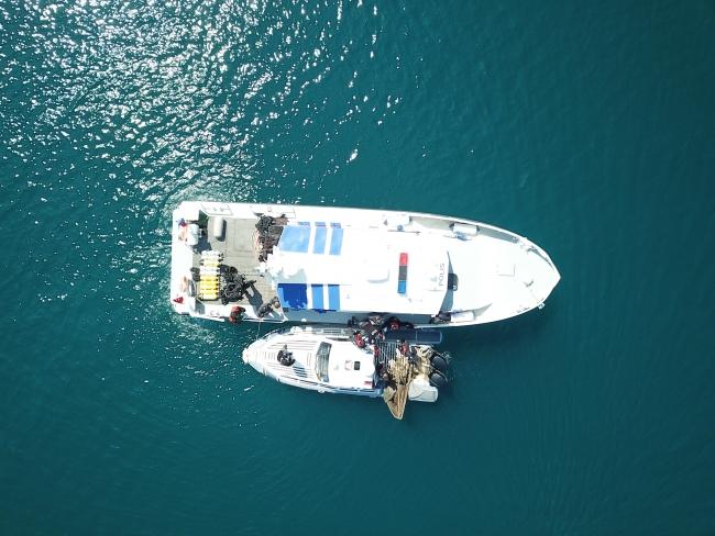İzmir'de kaçak avcılık operasyonu: Çok sayıda malzeme ele geçirildi