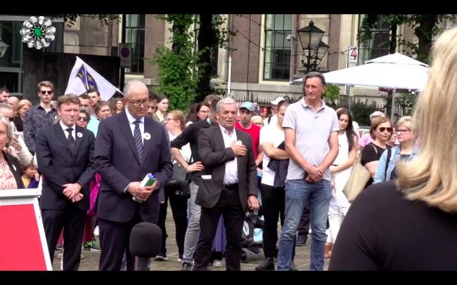 Hollanda'da Srebrenitsa kurbanları anıldı