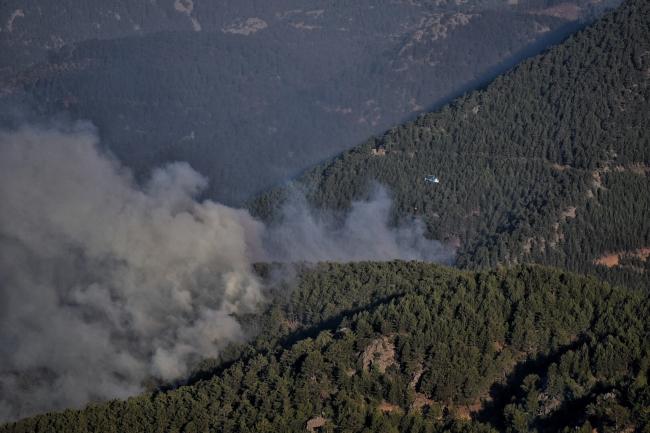 Mersin'de orman yangını: Havadan ve karadan müdahale ediliyor