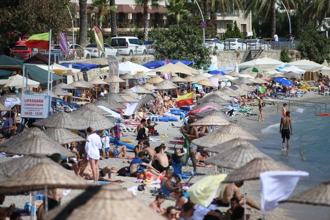 Turizm merkezlerinde bayram yoğunluğu