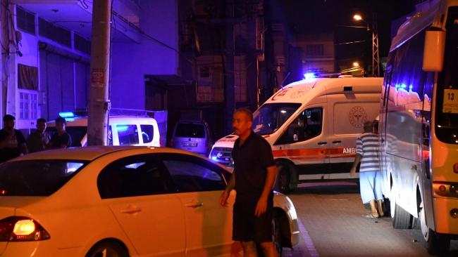 Adana'da aileler arasında silahlı kavga: 2 yaralı