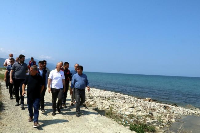 Bakan Karaismailoğlu: El birliği ile afetin izlerini ortadan kaldırıyoruz