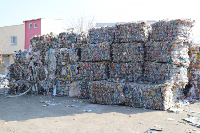 Sıfır Atık Projesi ile çöpten servet çıkarıldı