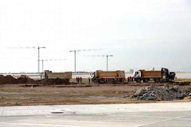Çukurova Havalimanı'nın altyapı çalışmalarında sona doğru