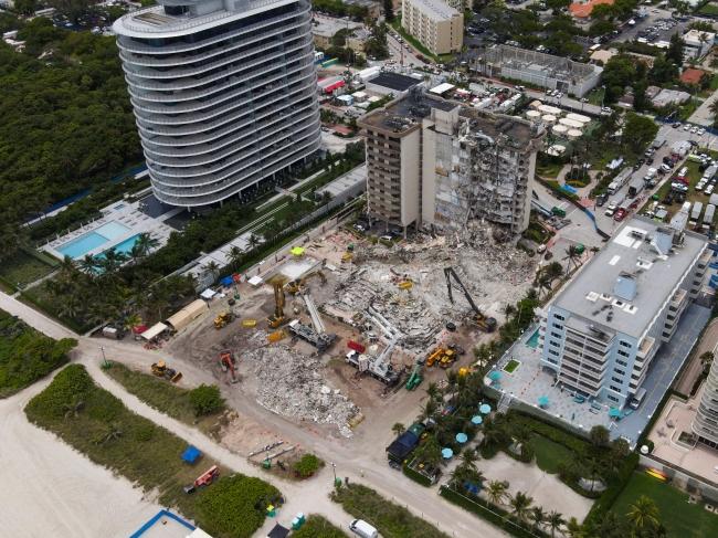 ABD'de çöken binanın tamamı yıkılacak