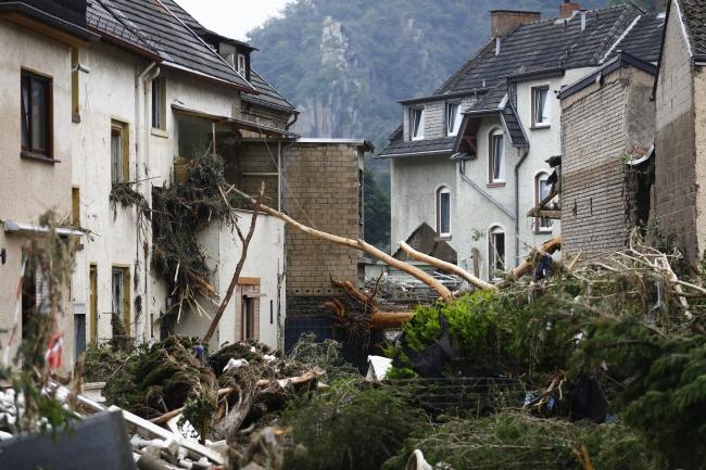 Almanya'da son 200 yılın en büyük sel felaketi