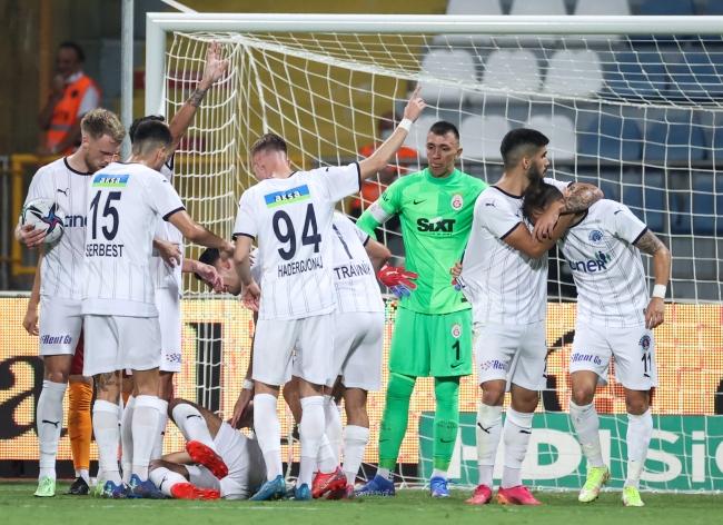 Galatasaray galibiyeti koruyamadı