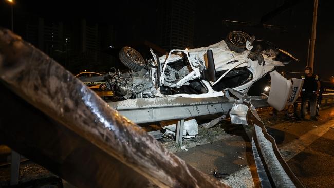 Maltepe'de feci kaza: 1 ölü, 2 yaralı