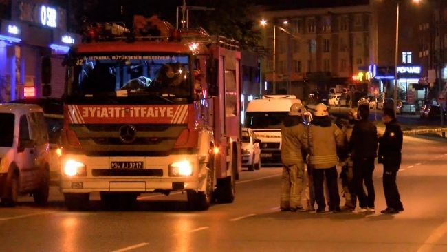 Beylikdüzü'nde bir evde 2 ceset ve bomba notu bulundu