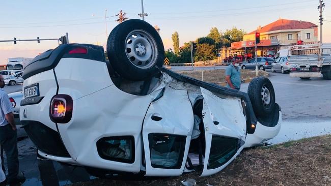 Manisa'da zincirleme kaza: 3 yaralı