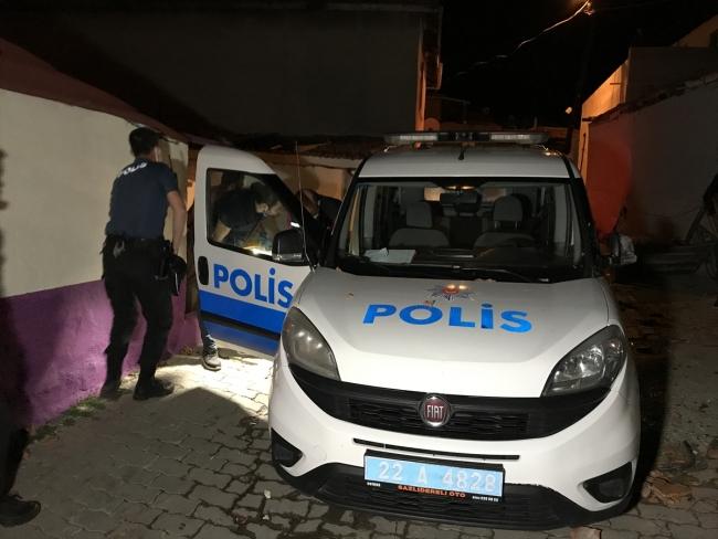 Edirne'de kavga ihbarına giden polise saldırı