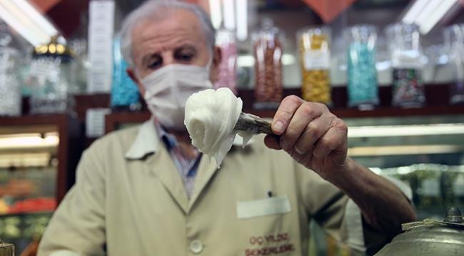 Beyoğlu'nun 65 yıllık şekercisi