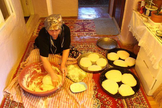 Köy ekmeğinin odun ateşinde lezzet yolculuğu