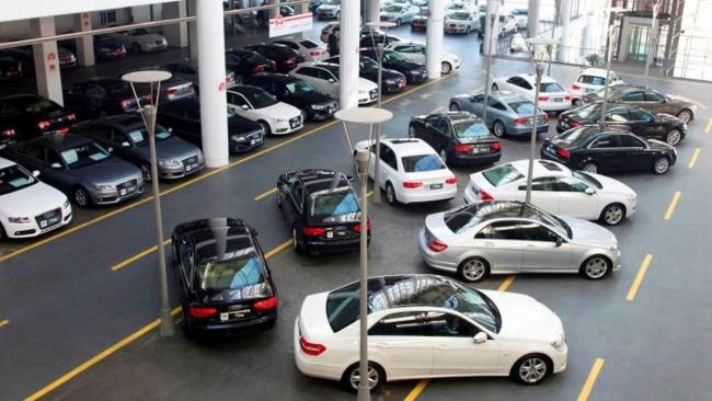 Kimi sıfır araçlarda yaşanacak indirimin ikinci el piyasasına da 'fiyatlarda düşüş' olarak yansıması bekleniyor.
