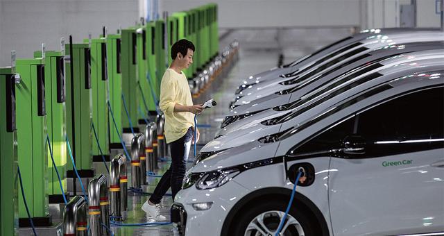 Özellikle Avrupa ve Uzakdoğu ülkelerinde elektrikli araçlar için çok farklı teşvikler uygulanıyor.