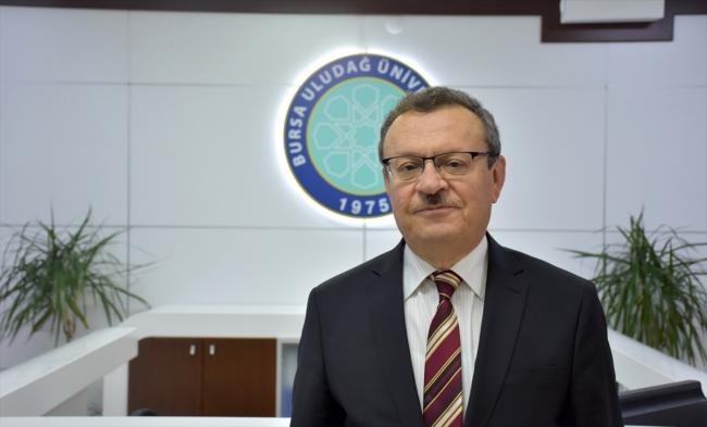 BUÜ Rektörü Prof. Dr. Ahmet Saim Kılavuz