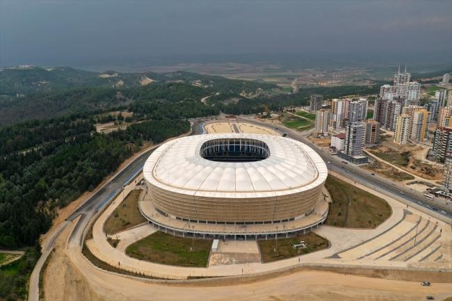 Yapımı tamamlanan Yeni Adana Stadı kapılarını açıyor! ile ilgili görsel sonucu