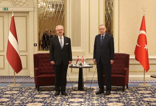 Cumhurbaşkanı Erdoğan Brüksel'de ikili temaslarda bulundu