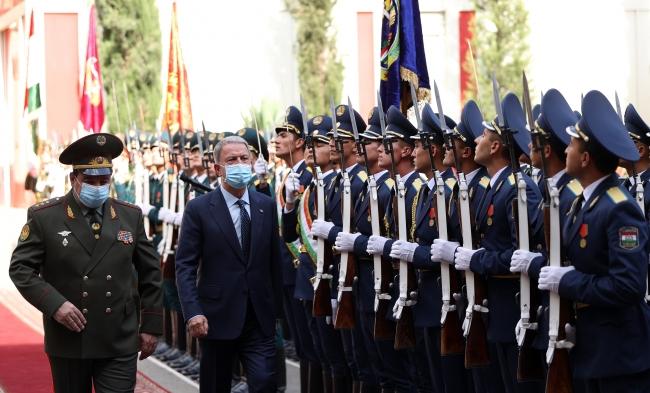 Bakan Akar: Tacikistan ile iş birliğimizi derinleştirmeye hazırız