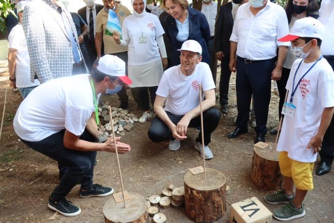 Milli Eğitim Bakanı Selçuk öğrencilerle buluştu