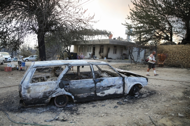 Bakan Kurum: Manavgat'ta yaralar en yakın sürede sarılacak