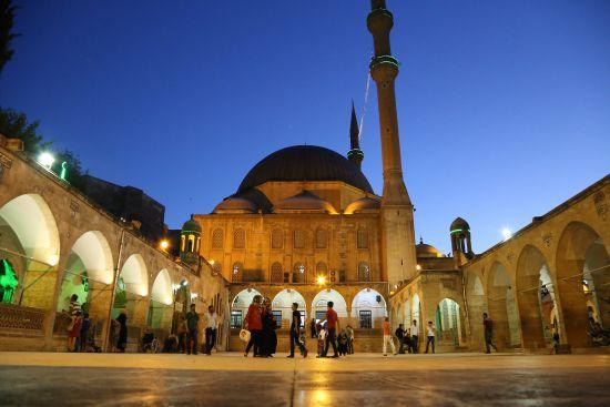 Ramazan ayının ilk teravih namazı kılındı