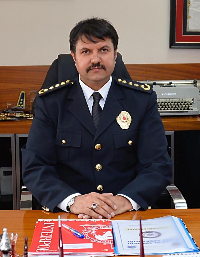 Türkiye İnterpol Daire Başkanı Lütfi Çiçek