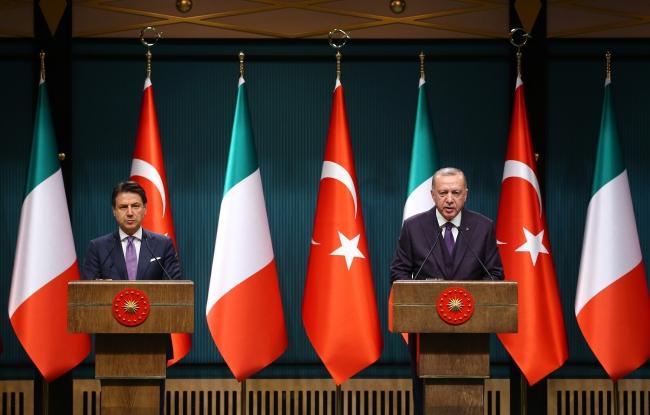 İtalya Başbakanı Giuseppe Conte ile Cumhurbaşkanı Erdoğan. Fotoğraf: AA
