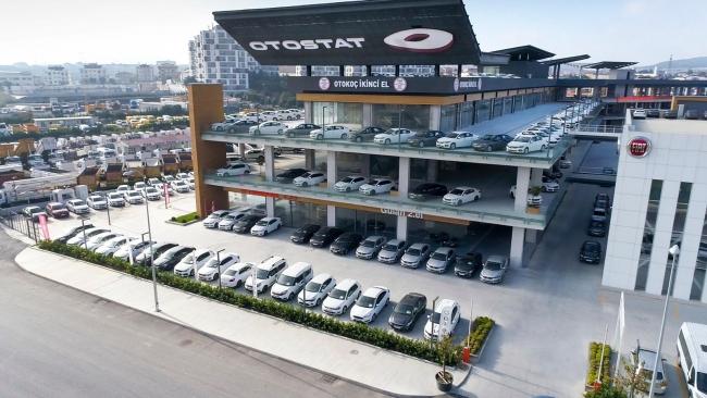 Son aylarda ikinci el otomobil piyasasında fiyatların düşmesi sektörü hareketlendirdi. Foto: AA