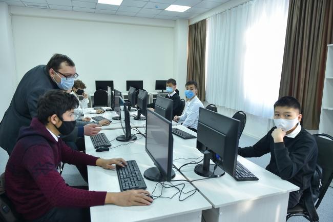 Kırgızistan'da bir sınıf | Fotoğraf: AA