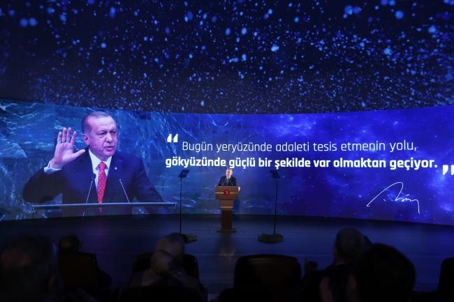 Cumhurbaşkanı Erdoğan: Cumhuriyetin 100. yılında Ay'a ilk teması gerçekleştireceğiz