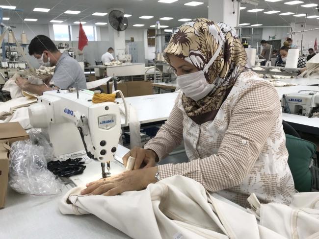 Tekstil sektörü Türkiye ekonomisi için son derece önemli bir konumda. Foto: AA