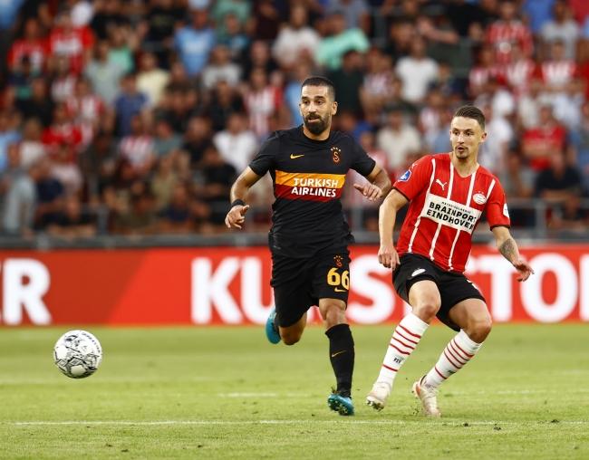 Galatasaray Hollanda'da farklı yenildi