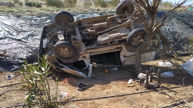 Gaziantep'te midibüs devrildi: 3 yaralı
