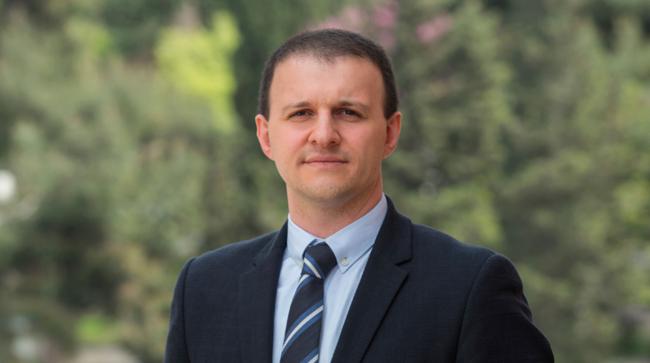 Medipol Üniversitesi İşletme ve Yönetim Bilimleri Fakültesi Öğretim Üyesi Doç Dr Nurullah Gür