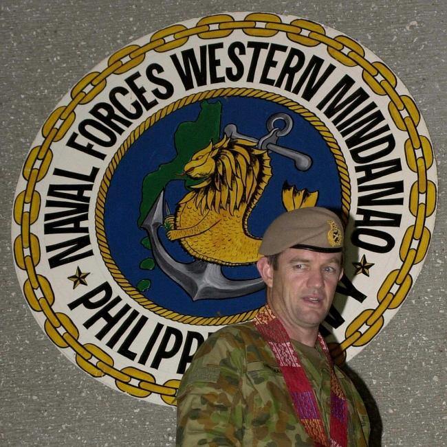 Mike Hindmarsh, Avustralya ile Filipinler arasında radikal savaşçılara karşı iş birliği kapsamında bu ülkeyi ziyaret etmişti. 13 Ekim 2005. Fotoğraf: Getty