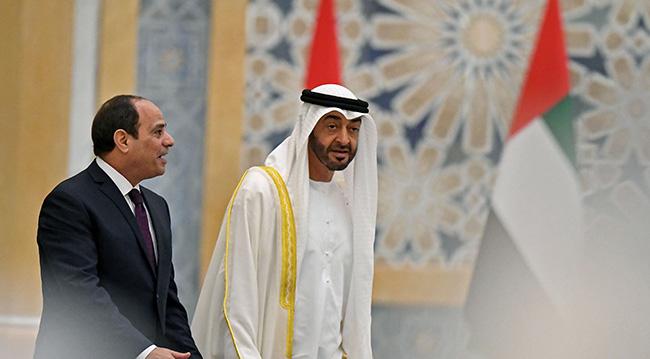 Muhammed bin Zayed, Mısır'ın darbeci Cumhurbaşkanı Abdülfettah Sisi ile beraber. Fotoğraf: Getty