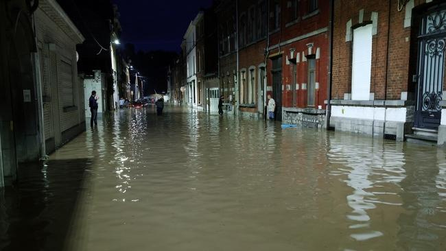 Belçika'da sokaklar göle döndü