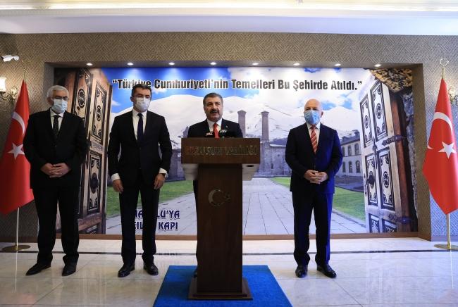 Sağlık Bakanı Fahrettin Koca, Erzurum Valiliğini ziyaret etti. / Fotoğraf: AA
