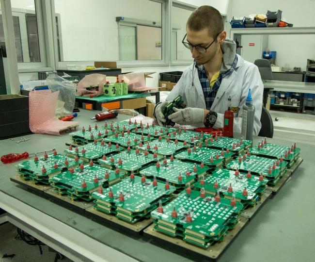 Yarı iletken çipler çok sayıda sektörde kritik parçalardan biri olarak kabul ediliyor.