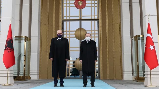 Cumhurbaşkanı Recep Tayyip Erdoğan ve Arnavutluk Başbakanı Edi Rama, Ocak 2021'de başkent Ankara'da bir araya geldi. Fotoğraf: AA
