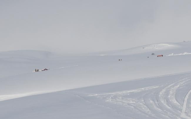Düşen askeri helikopterin enkazındaki incelemeler sürüyor