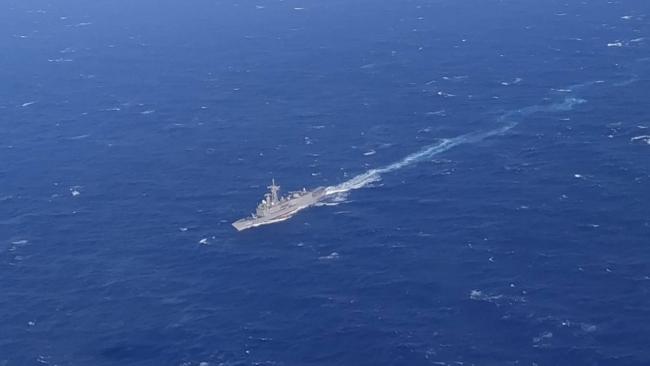 Kaş açıklarında içinde 45 kişinin olduğu tekne battı