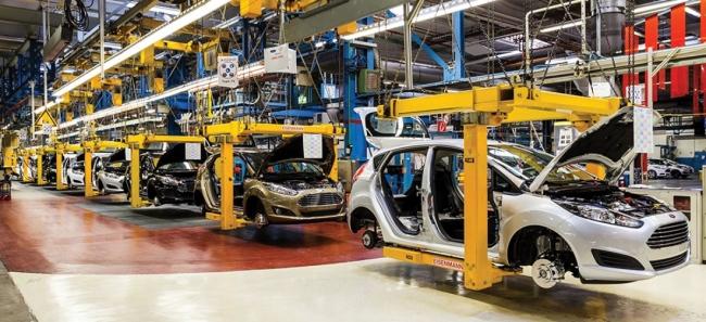 Türkiye'de otomotiv sektörü pandemi ve diğer olumsuz etkilere rağmen başarılı bir sınav veriyor.