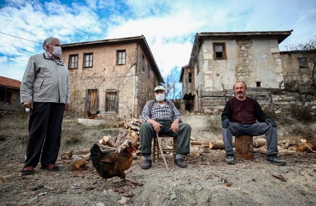 Salgından önce 4 kişinin yaşadığı köyün nüfusu 39'a yükseldi